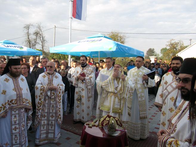 Patrijarh Irinej osveštao hram u Mrčevcima kod Laktaša (foto)