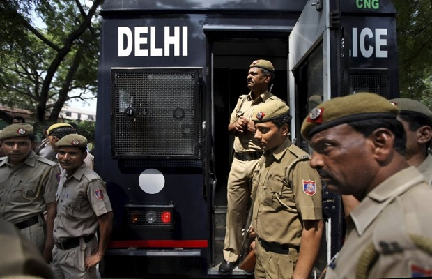 Policajci u Indiji ne smiju puno da se osmjehuju