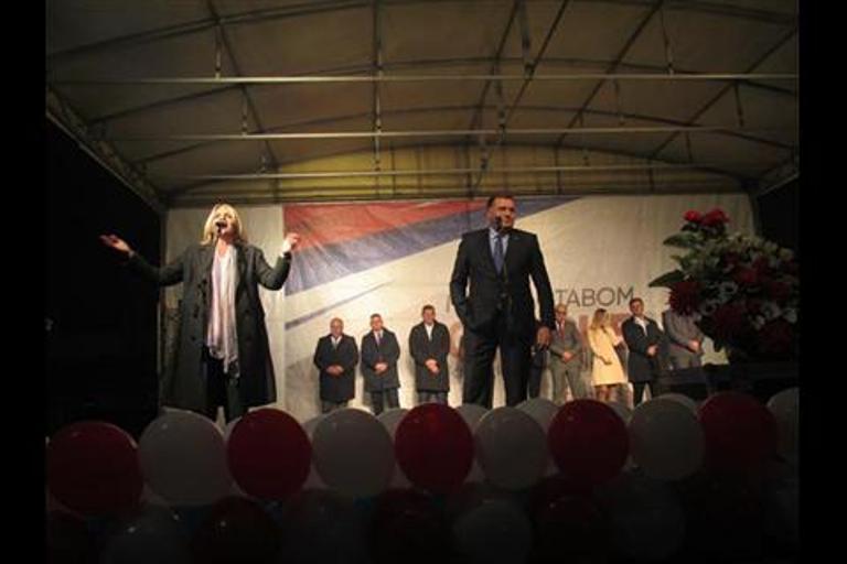 Dodik: Podrška mladima, koji su budućnost