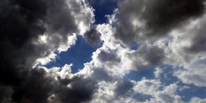Sutra promjenjivo oblačno uz sunčane periode
