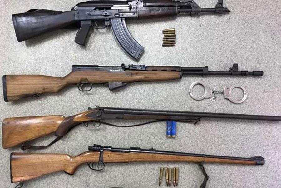 Pronađena određena količina nelegalnog oružja i municije