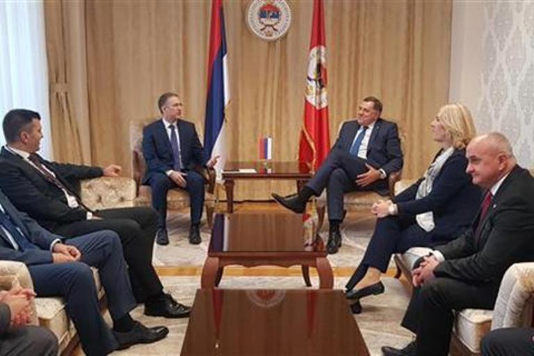 Photo of Delegacije Srpske i Srbije u Istočnom Sarajevu razgovarale o saradnji