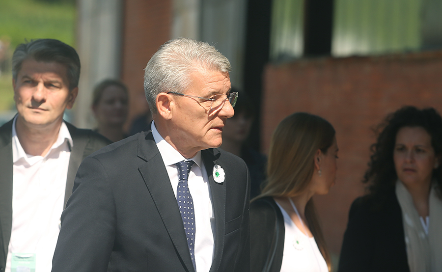 Photo of Moguća veza Džaferovića sa zločinima nad Srbima