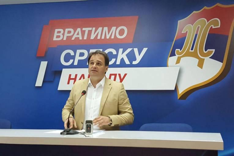 Photo of Govedarica: Zvao sam Obrena ali se nije javio, jer je u inostranstvu