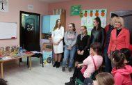 """Donacija SŠC """"Petar Kočić"""" Centru za podršku djeci sa smetnjama u razvojuDonacija SŠC """"Petar Kočić"""" Centru za podršku djeci sa smetnjama u razvoju"""