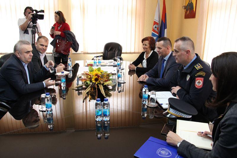 Photo of Lukač i Stevanović ocijenili da je saradnja Policijske uprave i Gradske uprave veoma dobra