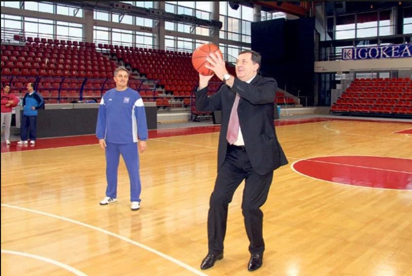 Photo of Dodik podržao Nurkića: Izdrži majstore, svi smo uz tebe