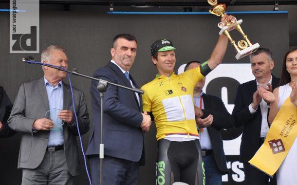 Gejt obukao žutu majicu u Vlasenici