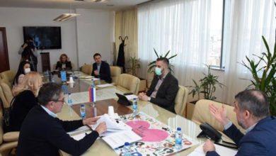 Photo of Na komunalne i telekomunikacione usluge ne obračunavati zateznu kamatu