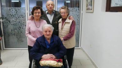 Photo of Neuništiva baka sa 106 godina pobijedila virus korona