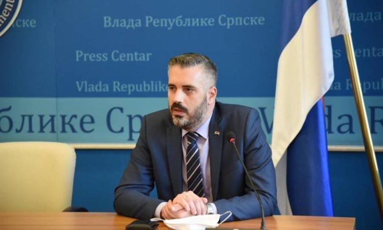 Photo of Rajčević: Ispiti od 1. juna, omogućiti polaganje i pismenim putem
