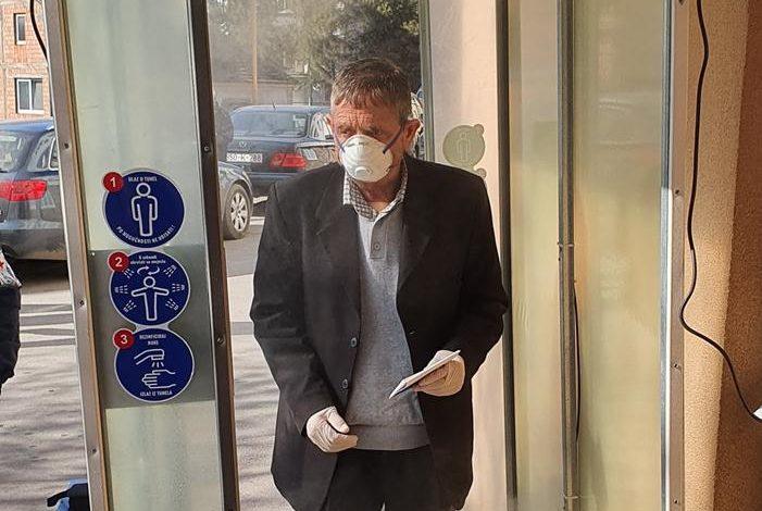 Photo of Zvornička Bolnica dobila tunel za dezinfekciju