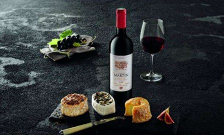 Photo of Karantinska svjetska kultura: Francuzi ne mogu bez vina i bagueta, Britanci bez pubova