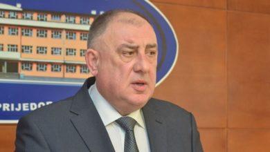 Photo of Đaković: Moguće da ponovo dođe do zatvaranja ugostiteljskih objekata
