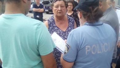 Photo of Gospođa u papučama i viklerima rastjerala ustaški skup u Hrvatskoj