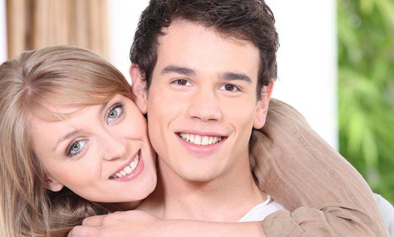 Photo of Zašto mlađe muškarce privlače starije žene?