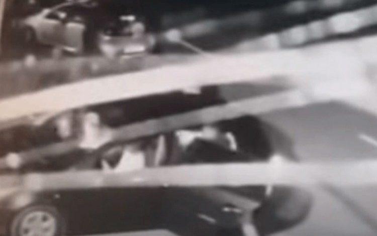 Photo of Objavljen snimak napada na Srbe u Vukovaru: Mladiće tukli nogama (video)