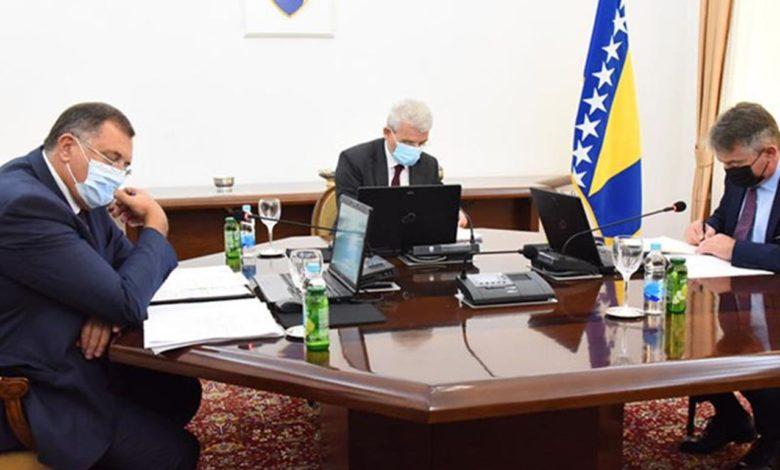 Photo of Članovi Predsjedništva BiH idu u Brisel