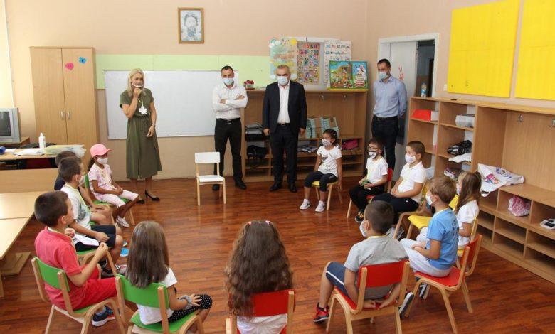 Photo of Gradonačelnik čestitao učenicima početak nove školske godine
