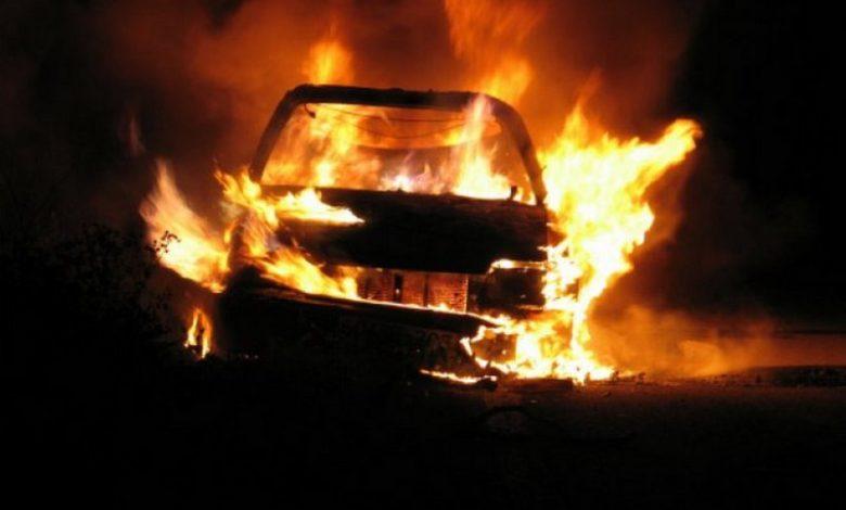 "Photo of Izgorio ""polo"" na benzinskoj pumpi, oštećen ""hjundai"""