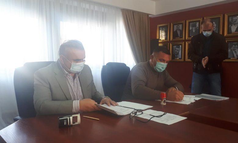 Photo of Potpisani ugovori za izgradnju vodovodnog sistema Lokanj-Pilica