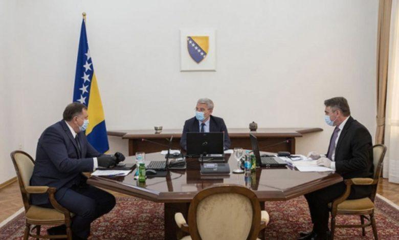 Photo of Komšićev kabinet: Odluka o nepriznavanju Kosova nije bila jednoglasna