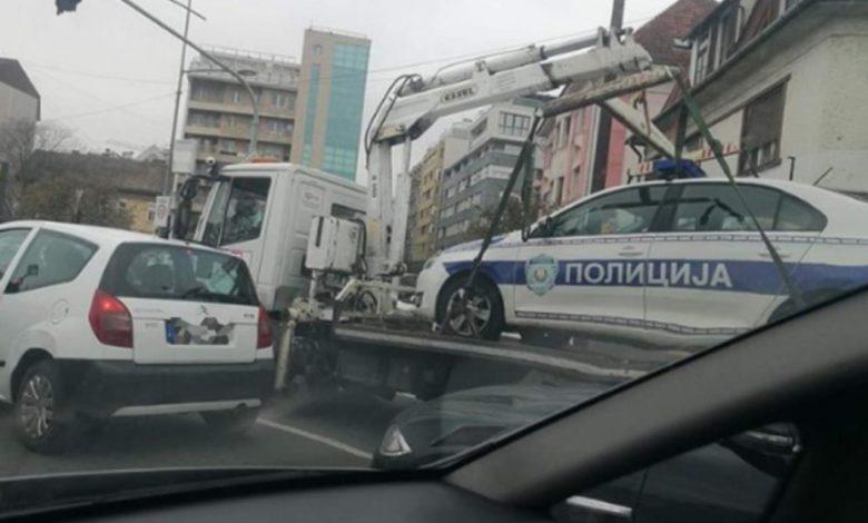 Photo of Pauk odnio policijsko vozilo