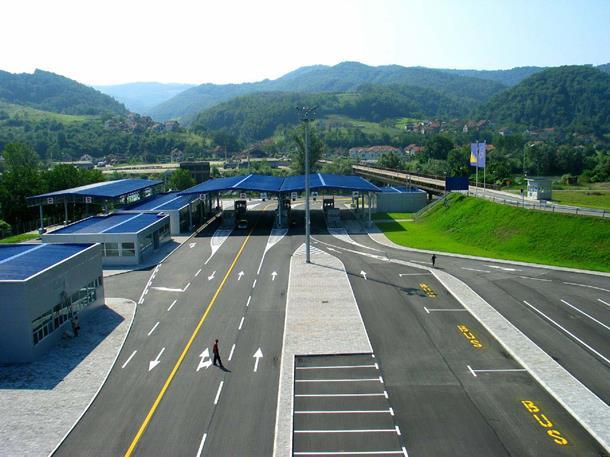 Photo of Srbija ograničava ulazak u zemlju, a ovo su kategorije koje nesmetano mogu preći granicu