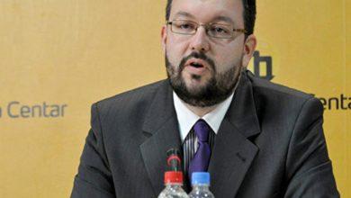 Photo of Antić: Izetbegović ide Đukanovićevim stopama