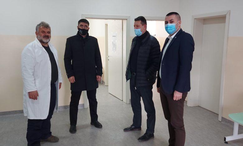 Photo of Od Bolnice i Doma zdravlja sanitetsko vozilo i stomatolog za Ambulante u Osmacima i Capardama