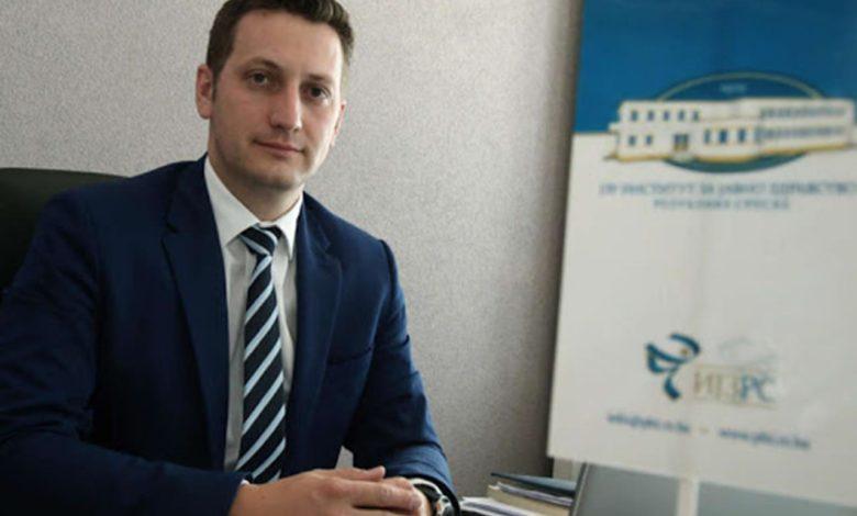 Photo of Zeljković: Vakcinacija novinara, prosvjetara i policajaca krajem maja