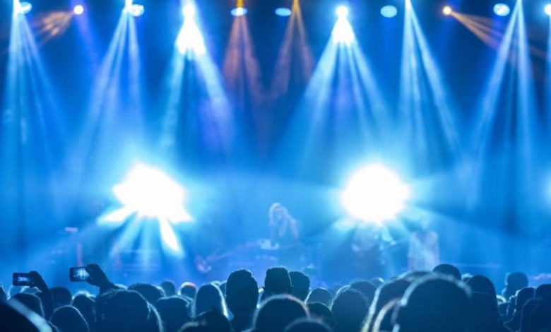 Photo of Koncerti bez razmaka i maski za manje od mjesec dana?
