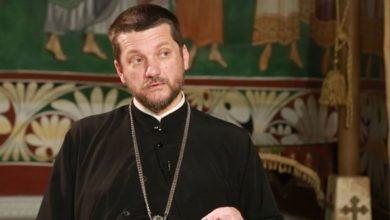 Photo of Mediji: Napadnut rektor Cetinjske bogoslovije Gojko Perović