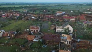 Photo of Češka sela nakon razornog tornada izgledaju kao ratna zona (video)
