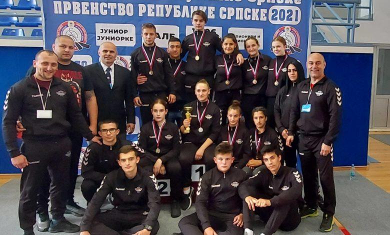 Photo of Mirković šampionskim nastupom u juniorskoj konkurenciji predvodio Sokolove