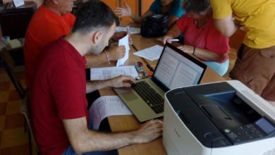 Photo of Potpisivanje ugovora za vodosnabdjevanje sa korisnicima u Lokanju