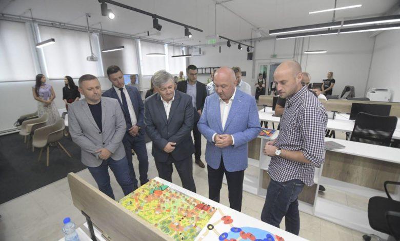 Photo of Mali Zvornik dobio inovacioni centar