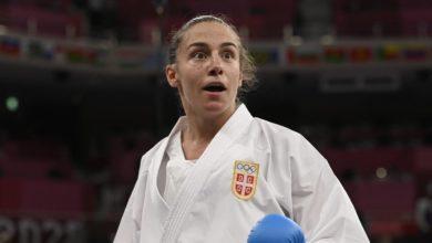 Photo of Zlatna karatistkinja Jovana Preković!