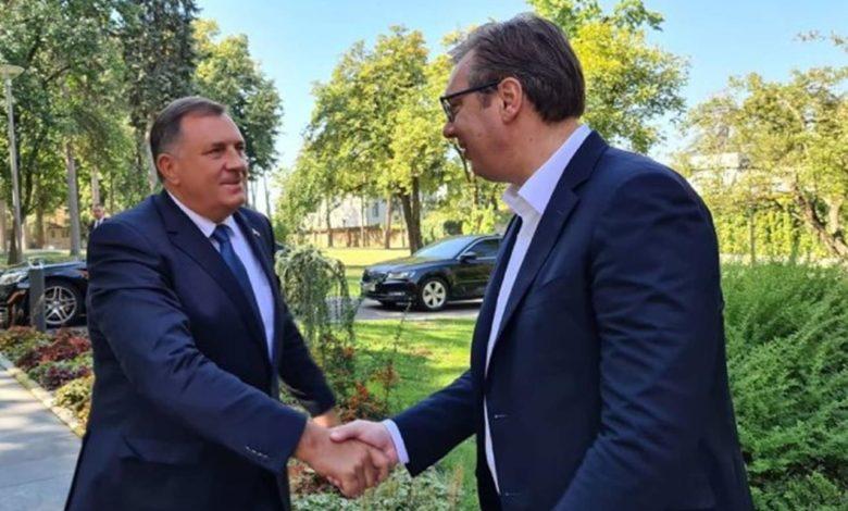 Photo of Vučić predao Dodiku prednacrt zajedničkog zakona
