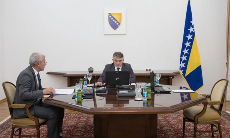 Photo of Komšić ponovo obmanuo javnost: Nema odluke – informacija primljena k znanju