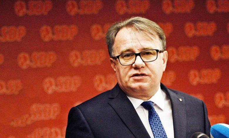 Photo of Nikšić je žalostan primjer lažne i neiskrene bošnjačke politike