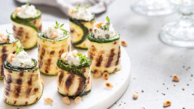 Photo of Rolati od tikvica sa krem sirom: Savršeni zalogaji koji se brzo i jednostavno spremaju